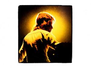 Questa è l'iconica fotografia di Tony Banks che ha avuto in sorte la mia musica.