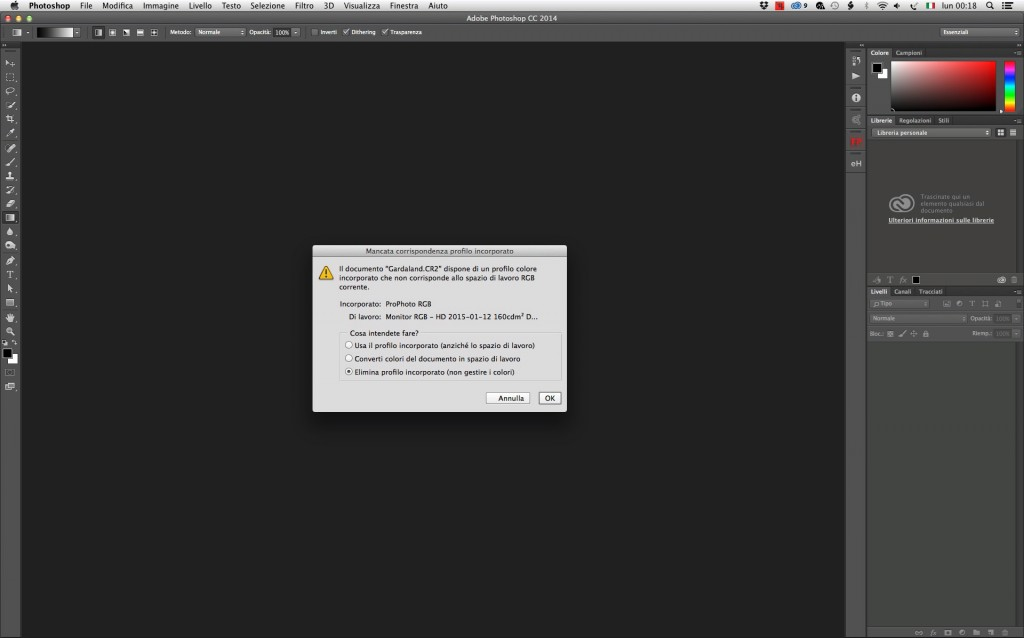 Quando apriamo il file, Photoshop ci propone questa finestra di dialogo.